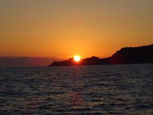 il tramonto sopra Talamone